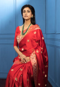 red_boota_pure_banarasi_saree